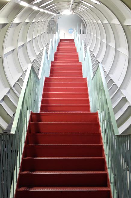 Die coolste Treppe im Atomium
